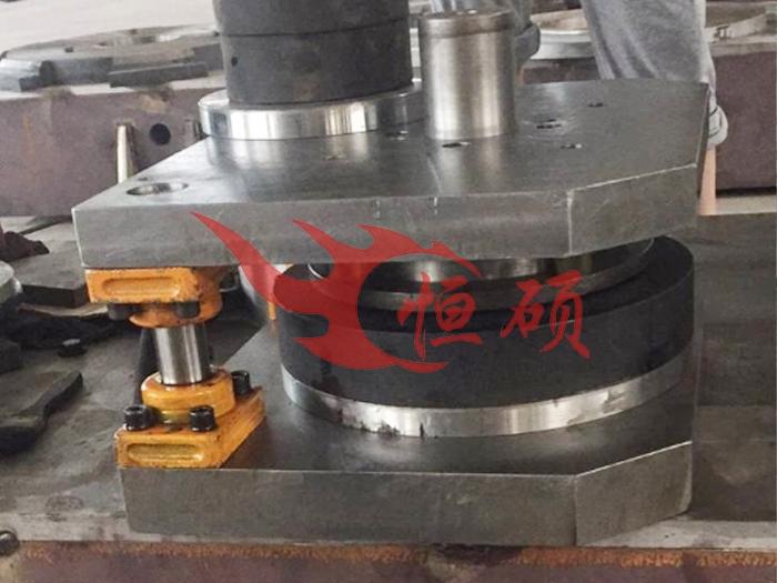 北京消声器模具